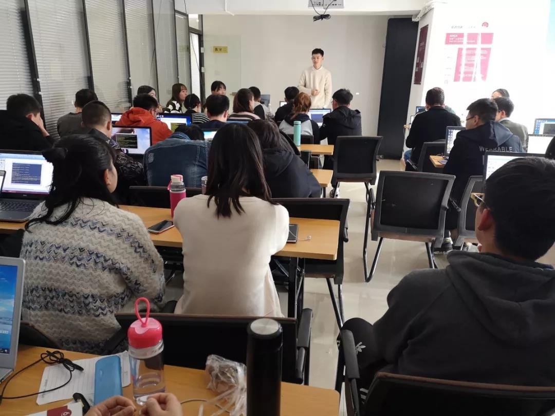 西安华为认证培训班.jpg